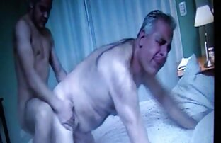 A Brooke mostra as mamas grandes e a rata vídeo brasileiro pornô apertada.