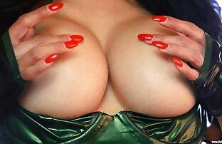 A vídeo pornô brasileirinho Elise Gira A Masturbar-Se.