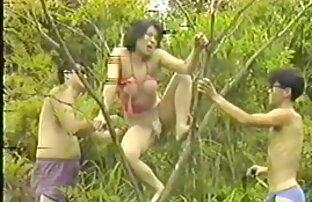 a rapariga loira video porno a forca depila com duas Pichas grandes e vem-te