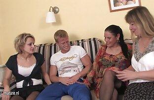adolescentes lésbicas na orgia do ver vídeo de sexo pornô Gangbang Selvagem