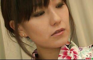 Miku Misato com o rabo quente suga a porno da mulher maravilha ferramenta enquanto