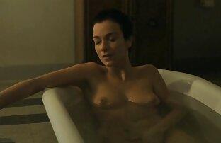 Tranny um vídeo de pornô feminina em óleos de lingerie para bigtits