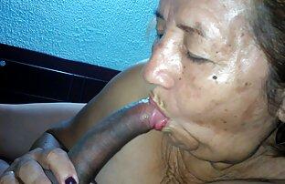 Lohan excitado espia um melhor site porno amador rapaz a masturbar-se ao ar livre.