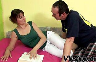 LIVROYALE video de sexo duas mulheres e um homem подмышки