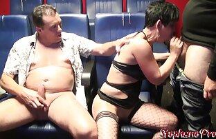 Shemale japonês de Busty vídeo pornô nacional leva duas pilas